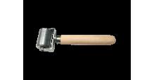Вспомогательный инструмент для монтажа кровли, сайдинга, забора в Санкт-Петербурге Валик прикаточный